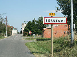 The road into Beaufort