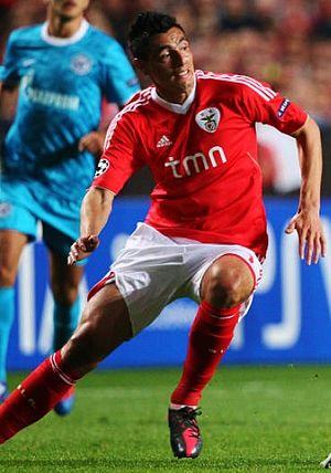 Óscar Cardozo - Cardozo playing against Zenit in 2012