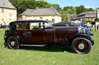 Bentley 8 Litre - Image: Bentley 8 Litre limousine by Mulliner 1930 side