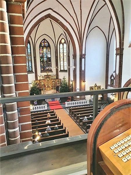 Datei:Berlin-Pankow, St. Georg (Hans Hammer-Orgel) (2).jpg