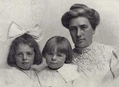 Bessie Maddern London and daughters