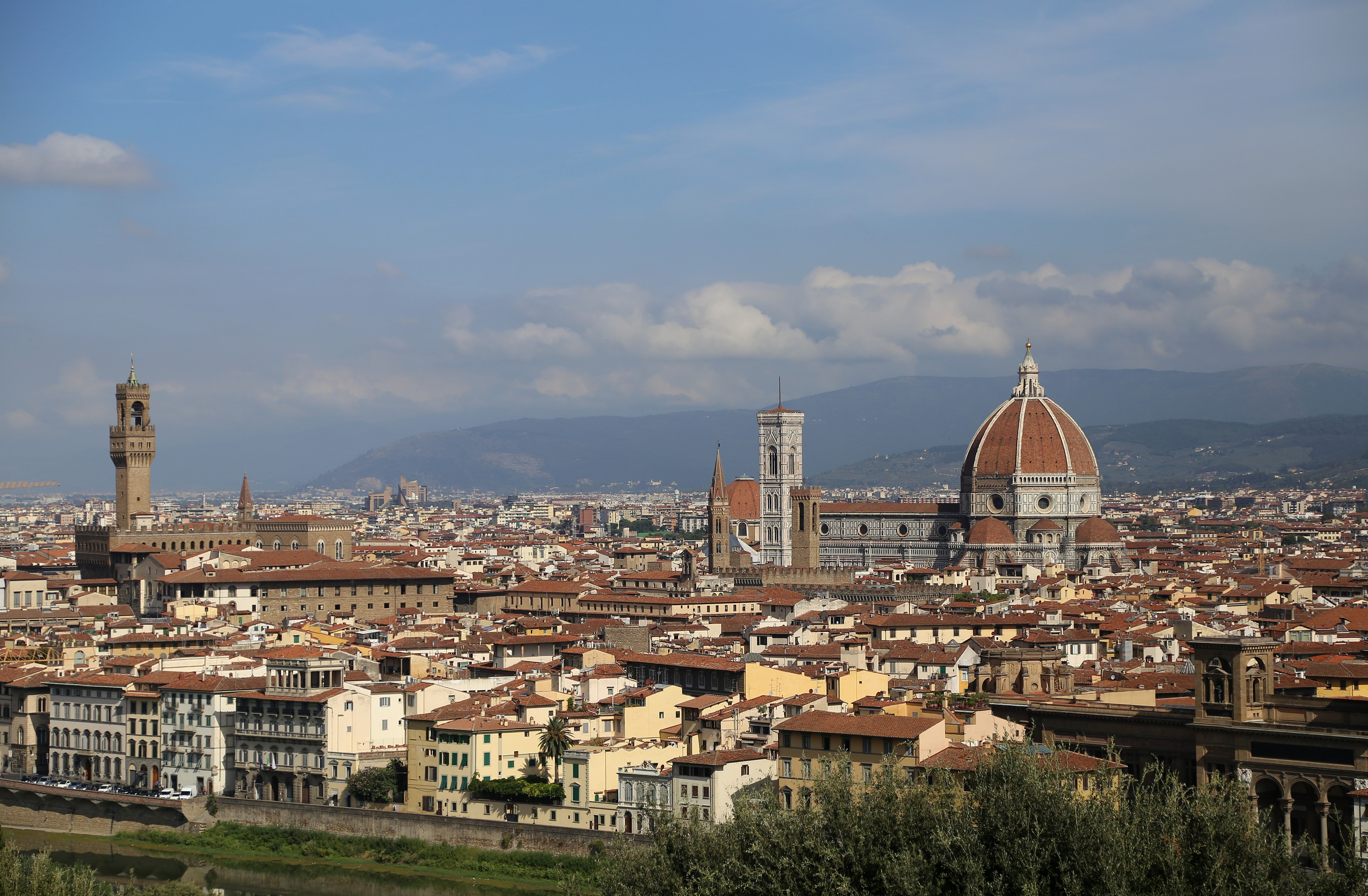 Piazzale Michelangelo, view over Florence's most iconic landmarks, Palazzo Vecchio and the Duomo