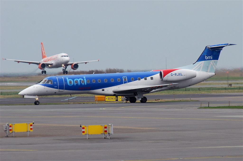 Southampton Bmi Regional Embraer ERJ-135LR; G-RJXL@CPH;08.04.2011 593bp (5602281455)
