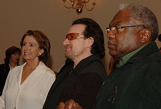 Jim Clyburn - Clyburn with Nancy Pelosi and U2 lead singer Bono in 2006