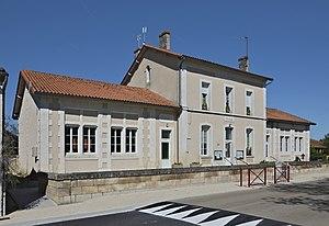 Bors, Canton of Tude-et-Lavalette - Town hall