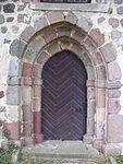 Brohm Kirche Südseite östliches Portal.JPG