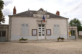 The town hall in Bucy-Saint-Liphard