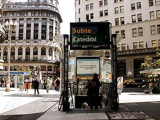 Catedral (Buenos Aires Underground) - Image: Buenos Aires Florida y Diagonal Norte Subte Catedral