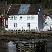 Building in Solvorn 1 2012.jpg