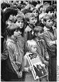 Bundesarchiv Bild 183-1983-0520-018, Suhl, Friedensdemonstration.jpg