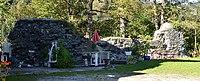 Burgruine am Taxenbacher Schlossberg 01.JPG