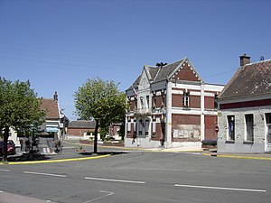 Busigny City Hall.jpg
