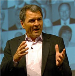 Claus E. Heinrich - Image: CH HR Conf 2007 small