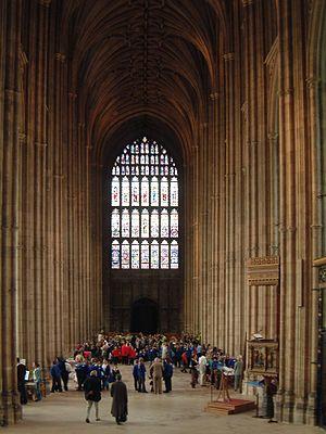 Henry Yevele - Image: Canterbury Hauptschiff der Kathedrale.1