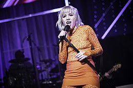 Carly Rae Jepsen - Minneapolis - State Theatre (48214041082).jpg