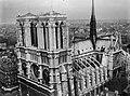 Cathédrale Notre-Dame de Paris- vue aérienne 1 Archives nationales 20130290-10.jpg