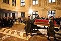 Ceremonia wyprowadzenie z Sejmu trumny z ciałem Marszałka Seniora Kornela Morawieckiego 03.jpg