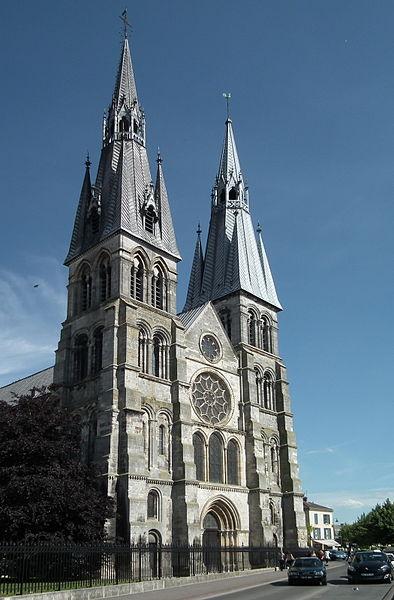 Church of Notre-Dame-en-Vaux       Native name Collégiale Notre-Dame-en-Vaux   Location Châlons-en-Champagne, France   Coordinates 48°57′27″N, 4°21′49″E      Authority control   : Q1384443
