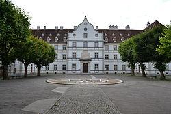 Château épiscopal de Delémont.jpg