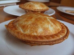 Pot pie - Image: Chickenpotpieswhole Feb 09
