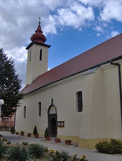 Church in Horné Semerovce1.JPG