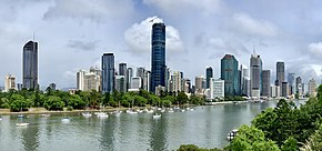 City Botanic Gardens, Brisbane and Brisbane Skytower under construction in December 2018, 02.jpg