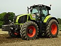 Claas Axion 920-01.jpg