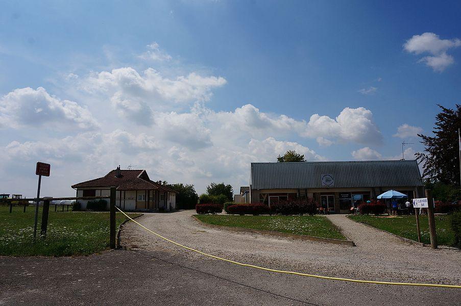Partie de l'Aérodrome de Châlons - Écury-sur-Coole.