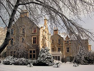 Cluny Hill - Cluny Hill College