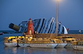 Collision of Costa Concordia 24.jpg