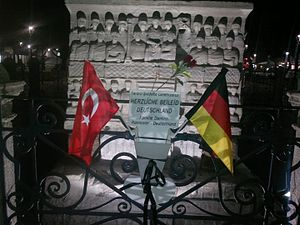 January 2016 Istanbul bombing - Flowers and flags of Turkey and Germany near Obelisk of Theodosius. January 2016