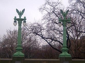 Taft Bridge - Image: Conn ave bridge 2