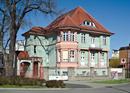 Villa mit Einfriedung