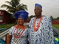 Couple en tenue traditionnelle nigérianne.JPG