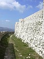 Crac des Chevaliers, Auf der Äusseren Burgmauer (37989153934).jpg
