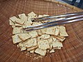 Crackers for tasting cheese (11595321596).jpg