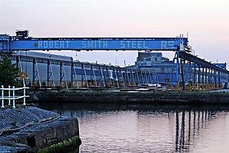Vittoria Dock - Image: Crane Gantry, Vittoria Dock, Birkenhead (geograph 2961431)