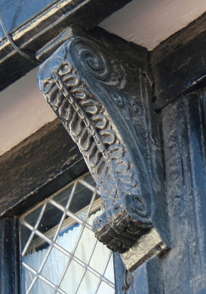 Crown Hotel, Nantwich - Carved corbel