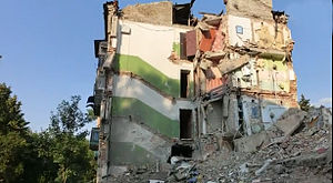 Battle in Shakhtarsk Raion - Damaged building in Snizhne, 6 August 2014