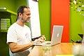 Dan Entous, Developer Europeana, over de GLAMwiki Toolset bij de Wikimedia Nederland Conferentie 2013 (10643130365).jpg