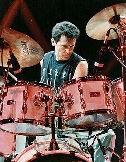 Derek Pellicci drummer