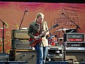 Derek Trucks (4776990038).jpg