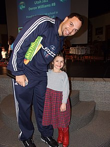 Deron Williams poses.jpg