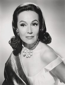 Dolores del Río publicity photo (1961) (cropped).jpg