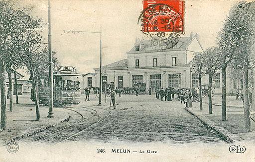 ELD 246 - MELUN - La Gare