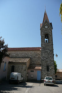 Eglise à Saint-Laurent-de-Camols.JPG