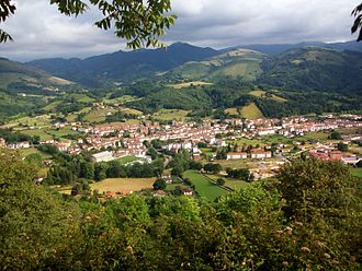 Baztan, Navarre - Image: Elizondo Euskal Herria