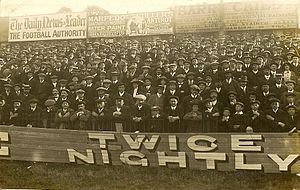 History of Reading F.C. - Supporters at a Reading match at Elm Park in 1913