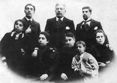Emilio Álvarez Giménez e familia circa 1895