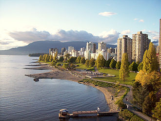 English Bay (Vancouver) - High-rise apartment buildings along English Bay